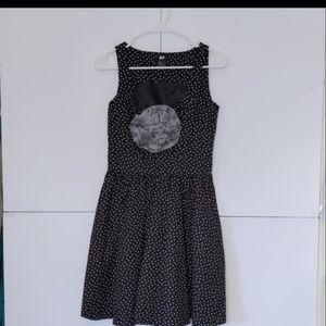 H&M Polkadot lined dress size 10 Black & White